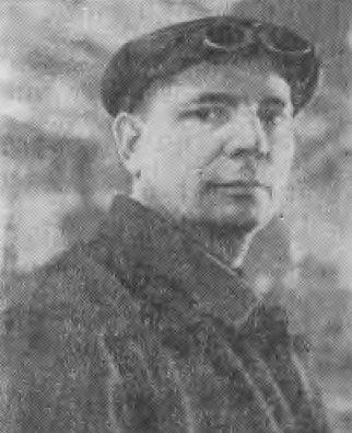 Знатный сталевар Кузнецкого металлургического комбината М. В. Буркацкий
